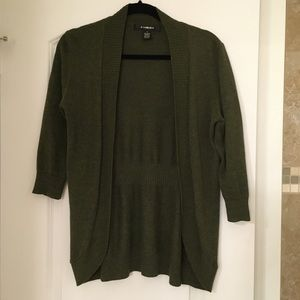 89th & Madison open cardigan in olive green